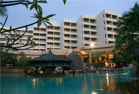 MOVENPICK RESORT & SPA KARON BEACH