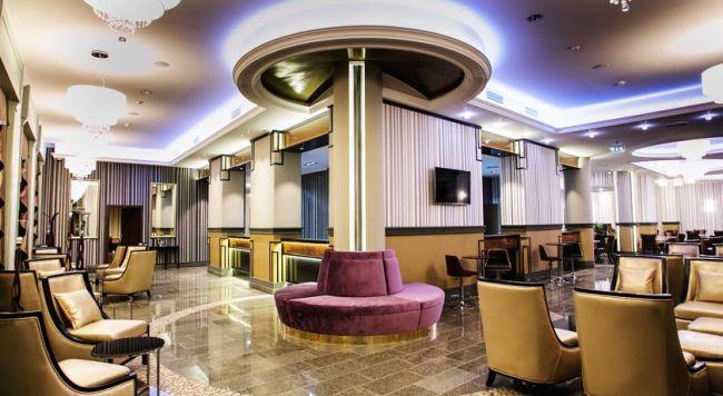 Glorius hotel u Hađimatikum banji